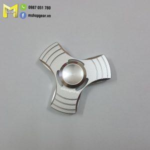 Spinner 3 cánh nhôm màu bạc